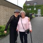 Susana Schorn mit Kundin